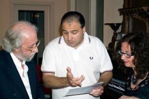 Emanuele presentatore della serata, con Vincenzo e Rosa