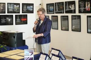 La presidente di giuria Franca Oberti legge il verbale