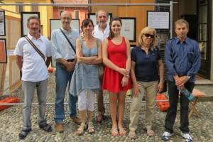 La nipote Martina Spada con alcuni ex allievi di Torazza