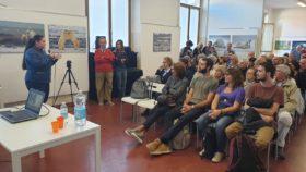l'assessore Valeria Pirovano ringrazia Effeotto a nome dell'amministrazione comunale
